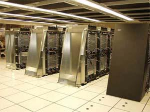 Машинный зал суперкомпьютера